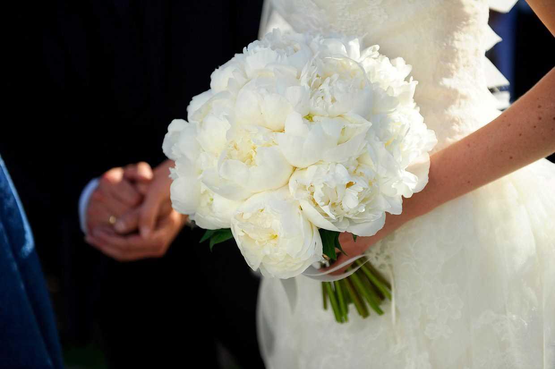 انتخاب دسته گل عروس بر اساس اندام