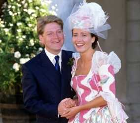 لباس عروس رنگی؛ این 10 سلبریتی را ببینید