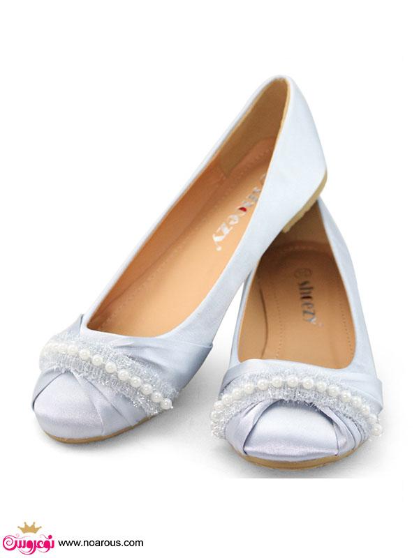 لباس بله برون شیک آلبوم: کفش تخت برای عروس