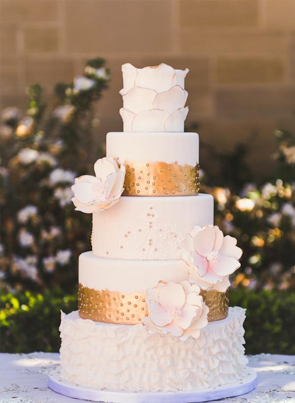 آلبوم کیک های عروسی با تزئینات متفاوت