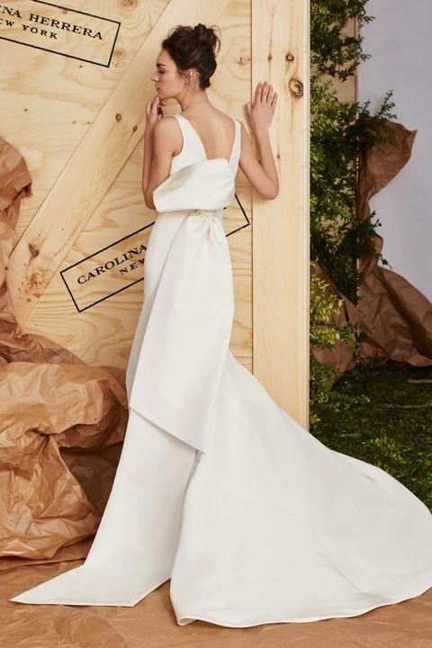 لباس عروس ساده بدون تور و گیپور