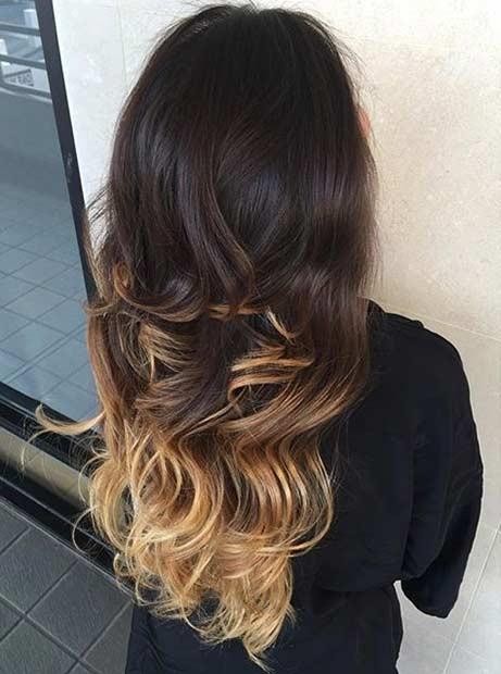 هایلایت طلایی روشن روی موهای تیره