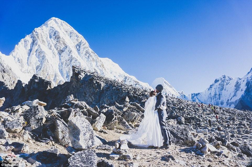 لباس عروس هایدی در اورست