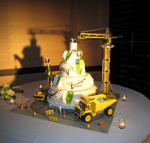 کیک عروسی برای مهندس های عمران