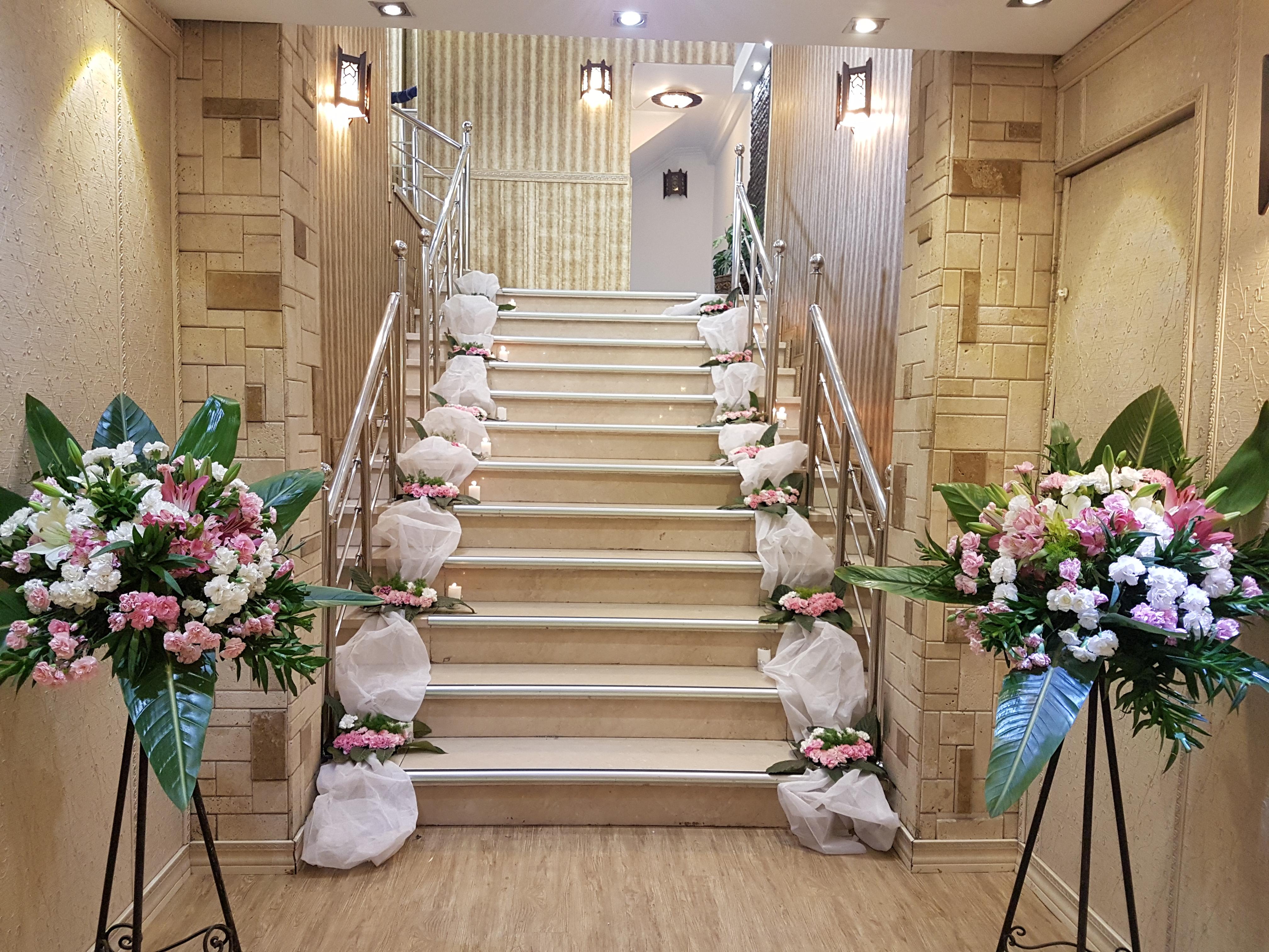 تالار عروسی پردیسان   خروجی سالن عروسی