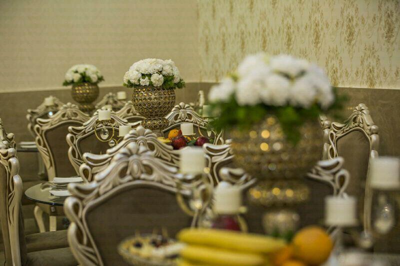 تالار پذیرایی آرمانی | میز آرایی