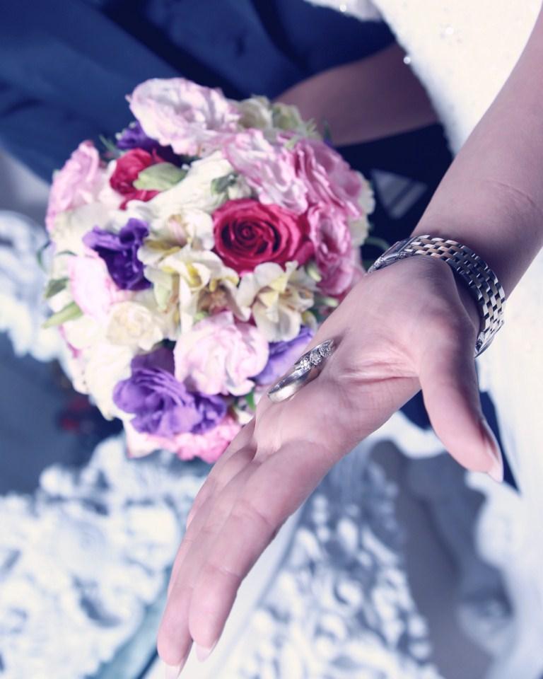 آتلیه عکس و فیلم مهتا | دسته گل عروس
