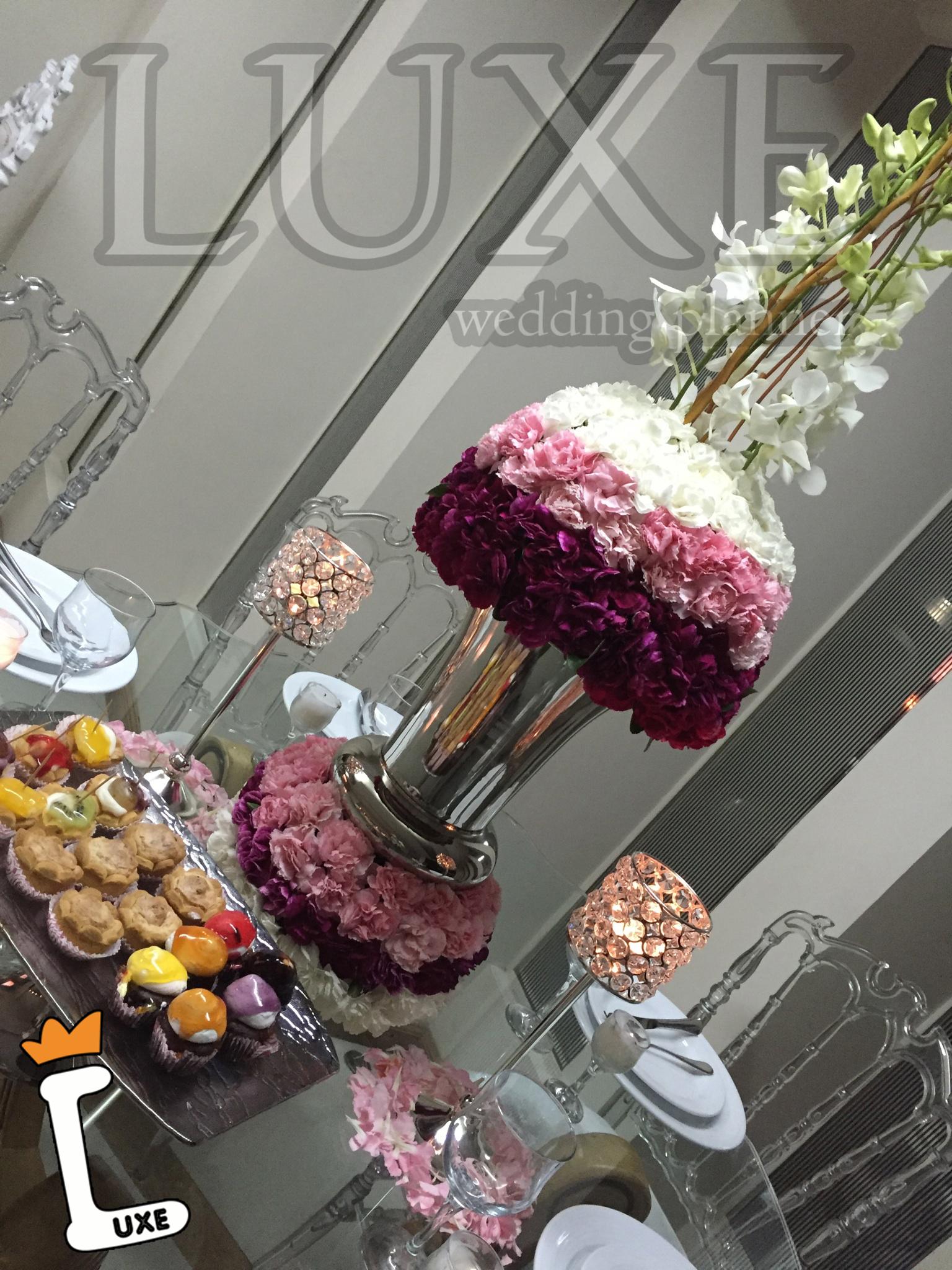 دیزاین میز و گل آرایی توسط تشریفات لوکس