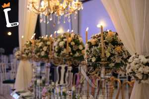 گل آرایی و شمع آرایی توسط تشریفات عروسی لوکس