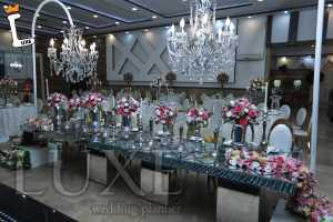 تزئین میز و دیزاین شیک توسط تشریفات لوکس