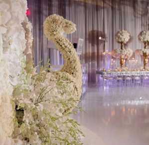 تشریفات بوژان | گل آرایی خاص در سالن عروسی