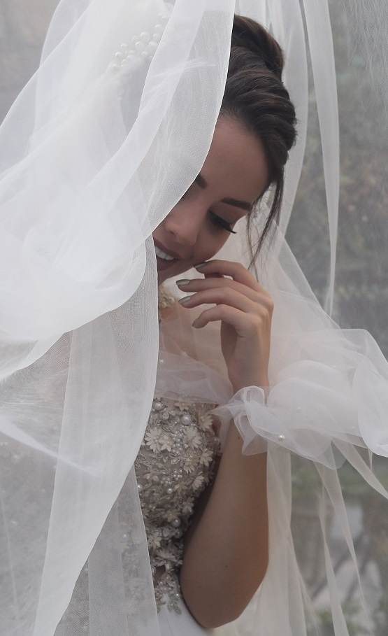 استودیو عکس و فیلم روجا   تور لباس عروس