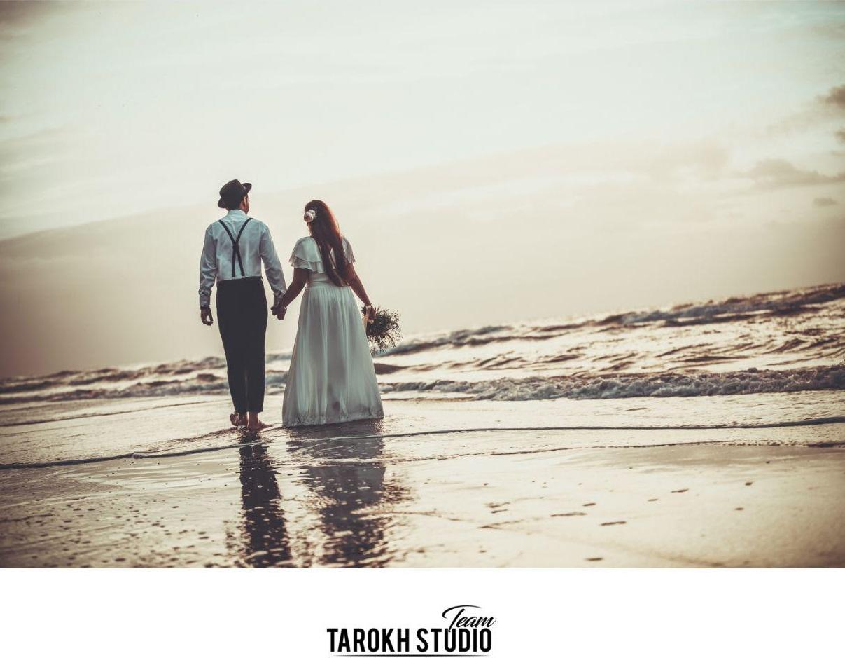 آتلیه عکس و فیلم تارخ   عکس عروسی لب ساحل